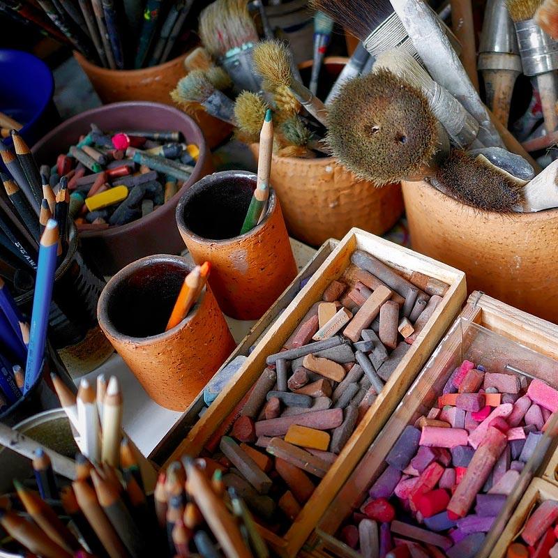 Malwerkzeuge und Farben